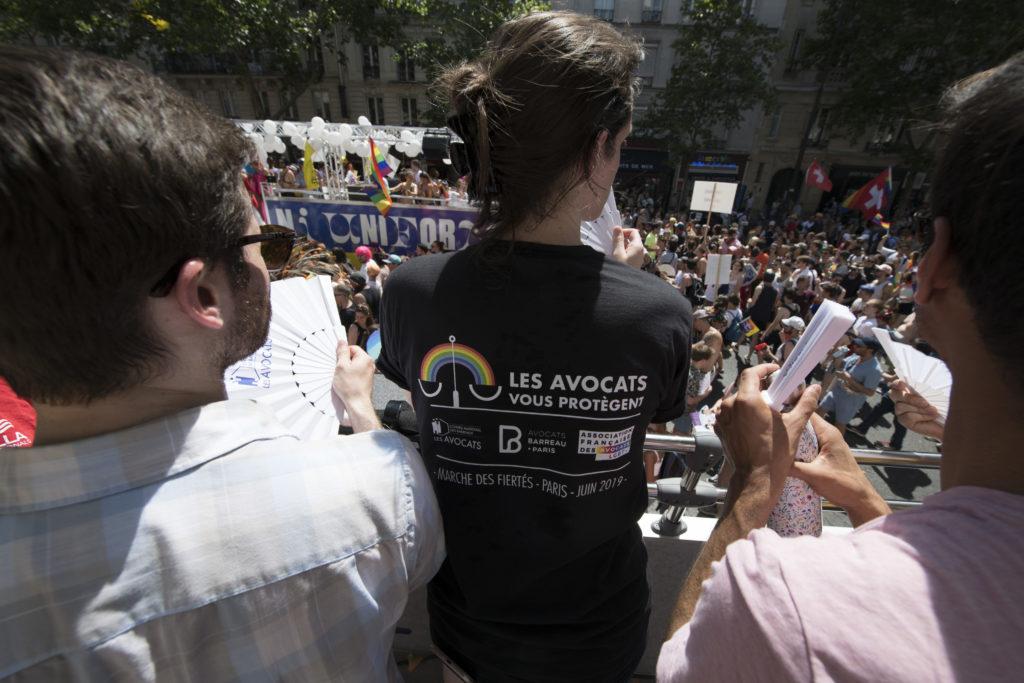 Char des avocats - pride paris